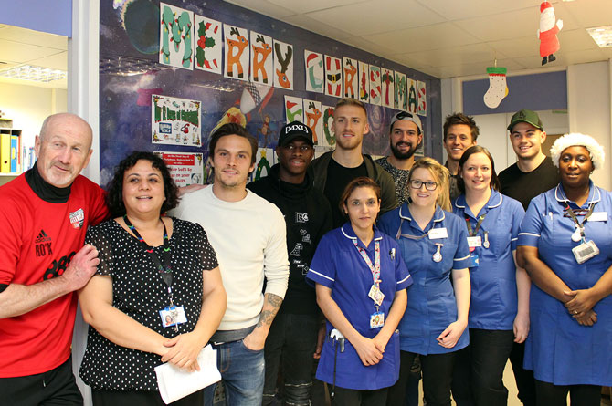 Brentford Players bring some festive cheer to children's ward