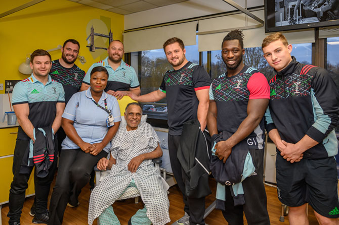 Harlequins bring Christmas cheer to West Middlesex University Hospital