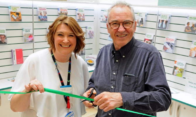New Macmillan Cancer Support Information Centre opens at Chelsea and Westminster Hospital